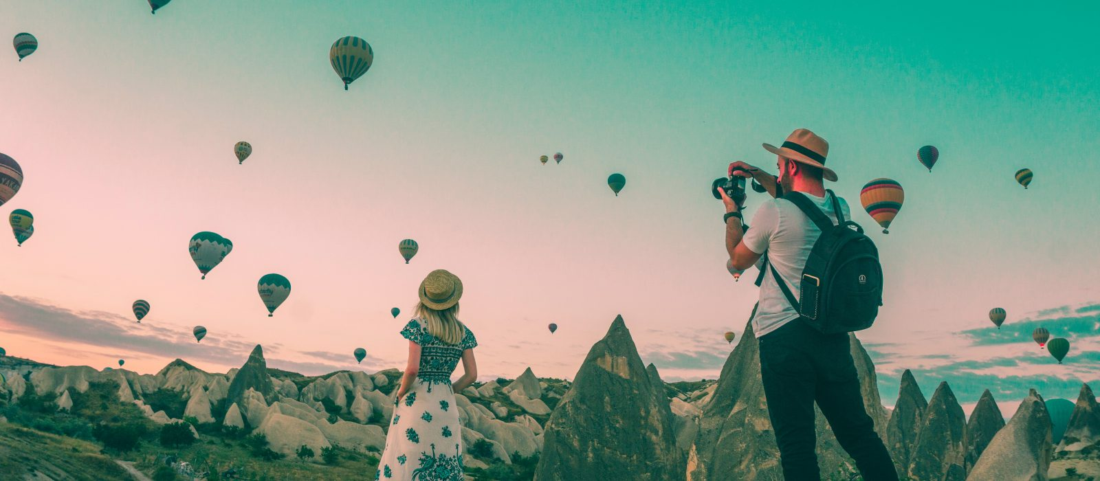 Top Expat Travel Bloggers To Follow in 2021